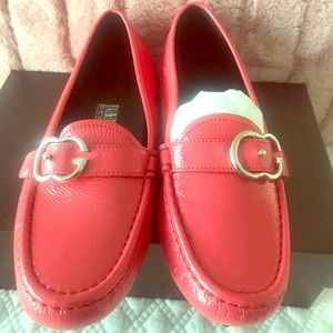 GUCCI Driving Loafers w/ Tags
